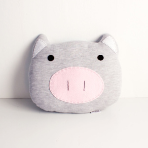 Piggy scatter