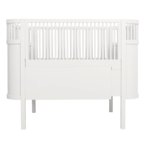 Kili Baby Cot & Junior Bed - White