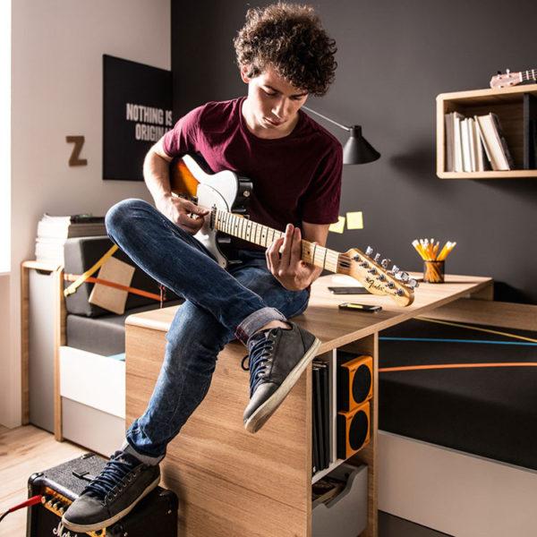 evolve-desk-teen-room-2