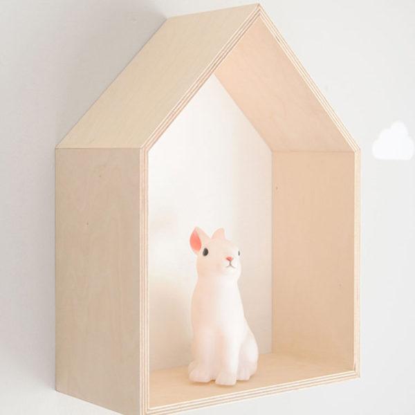 white-shadow-house-box-lifestyle