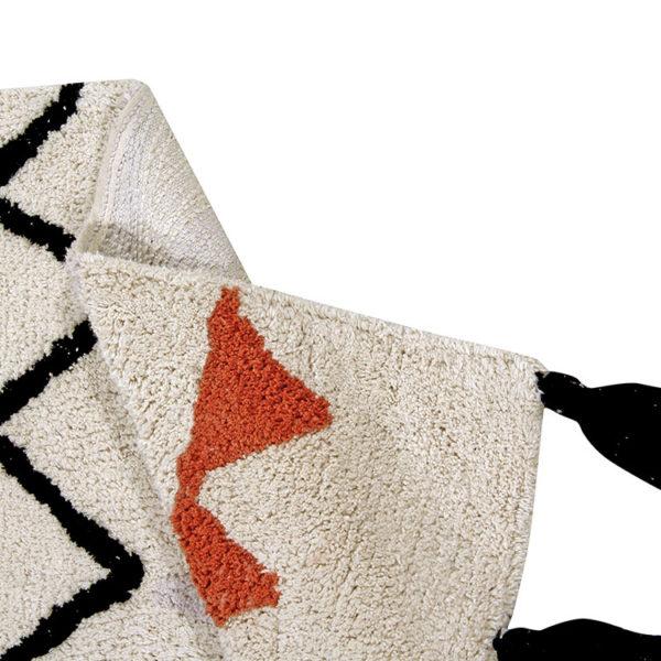 Azteca-vintage-terracotta-rug-lorena-canals-1