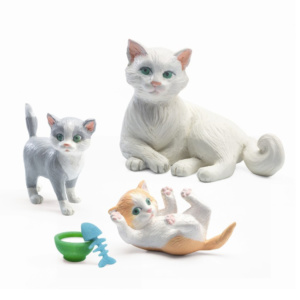 Cats-for-petit-home-by-djeco