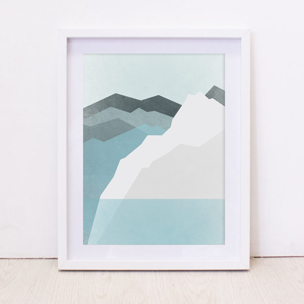 Icelantic Mountains Art Print