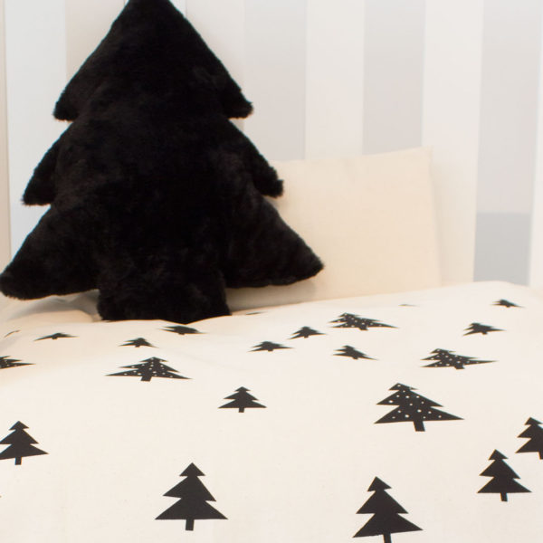 skandi-pines-natural-close-up-2