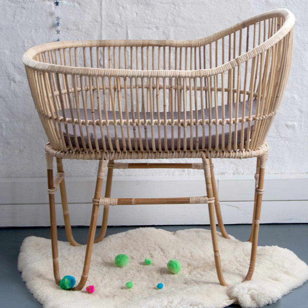 Baby cribs co za -  Rattan Baby Crib