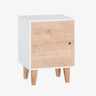 Vox - Concept Pedestal - Oak