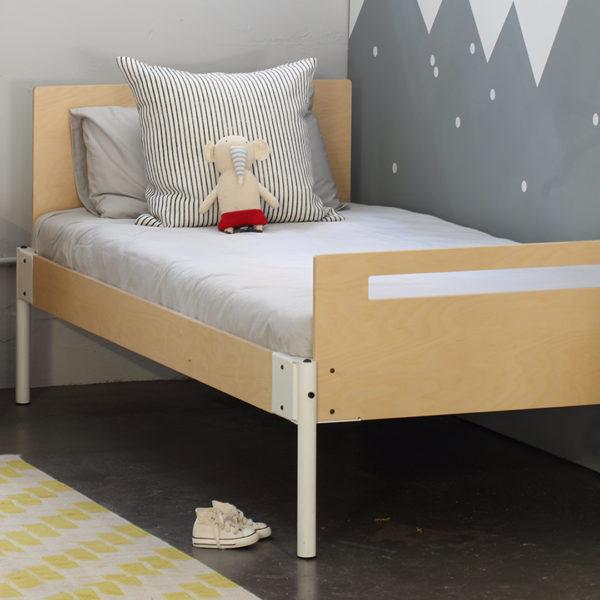 Pedersen + Lennard Calvin Bed