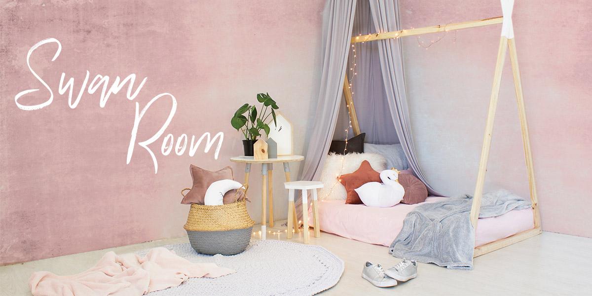 Swan Girl's Bedroom