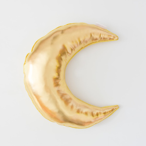 Moo Cachoo Gold Crescent Moon Scatter