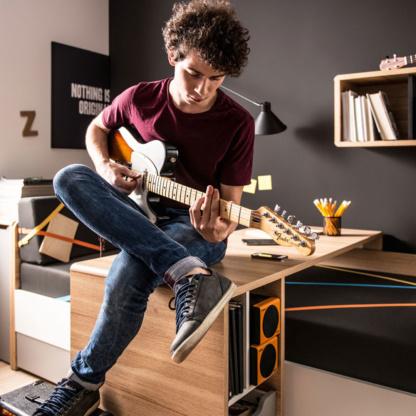 Evolve Couch Bed & Evolve Sliding Desk