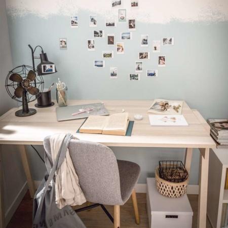 Vox Spot Desk