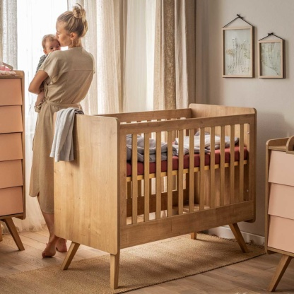 Vox Vintage Cot Bed - Oak