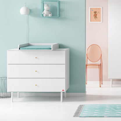 Compactum with Changer - White
